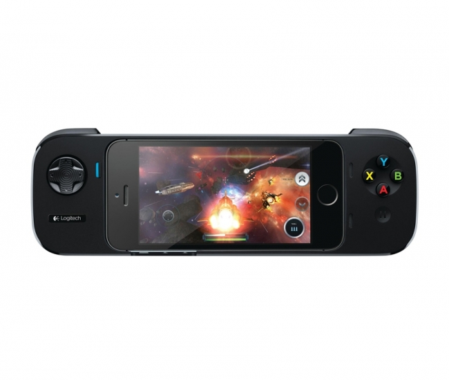 Logitech Powershell Gaming Controller + Battery for iphone