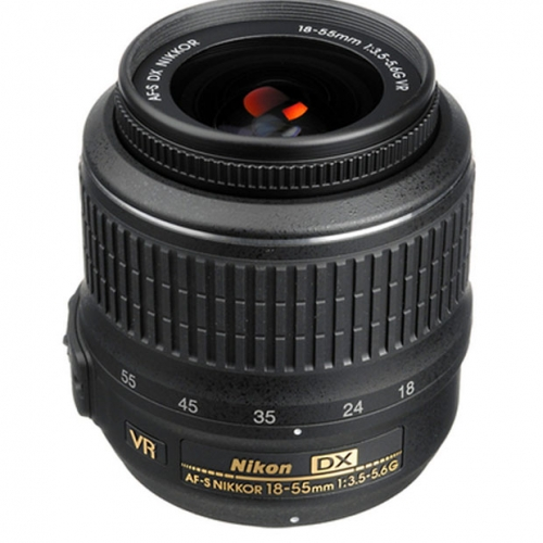 Nikon AF-S DX Nikkor 18-55mm F/3.5-5.6G VR Zoom Lens